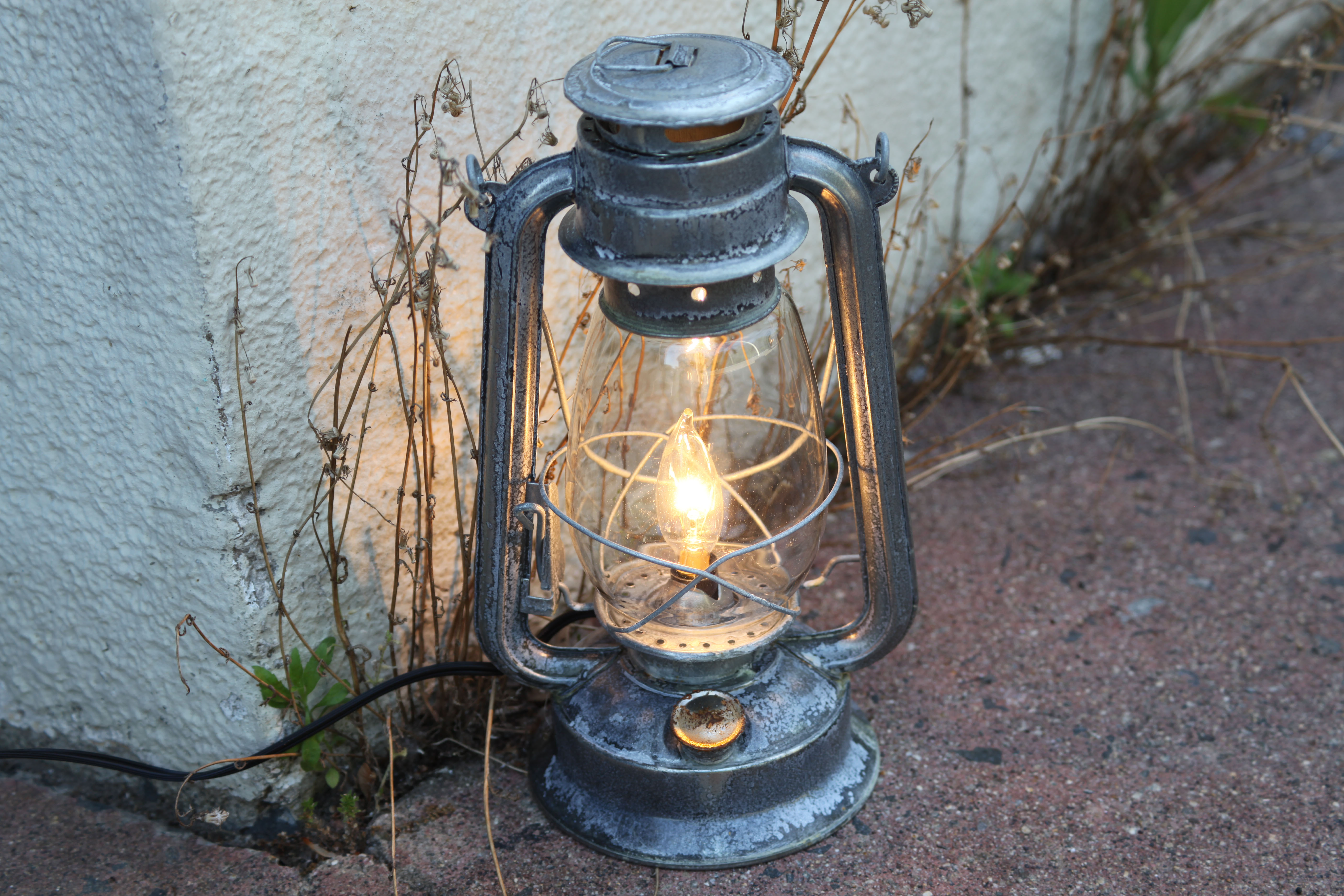 Electric Lantern Table Lamp Corroded Metal Antiqued Hurricane Night Light Rustic