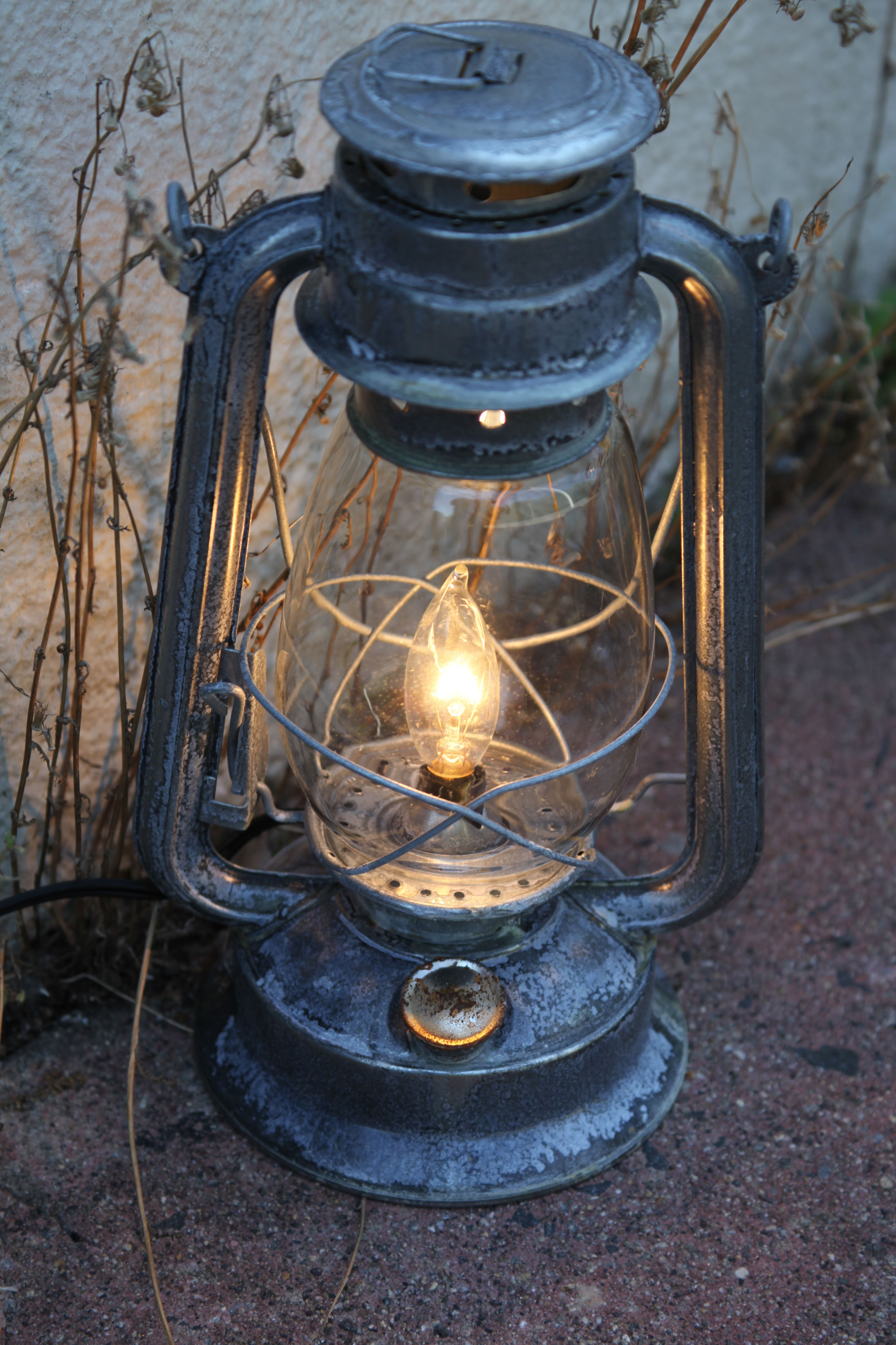 Electric lantern table lamp corroded metal antiqued electric electric lantern table lamp arubaitofo Images